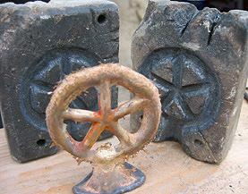 Dauerform aus Speckstein mit Abguss.
